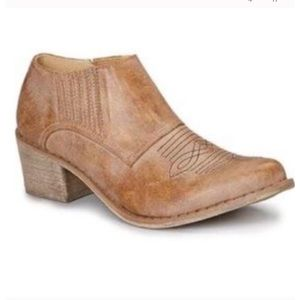 Coconuts by Matisse Andy Ankle Cowboy Booties